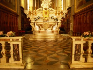 Nuovo Altare-04